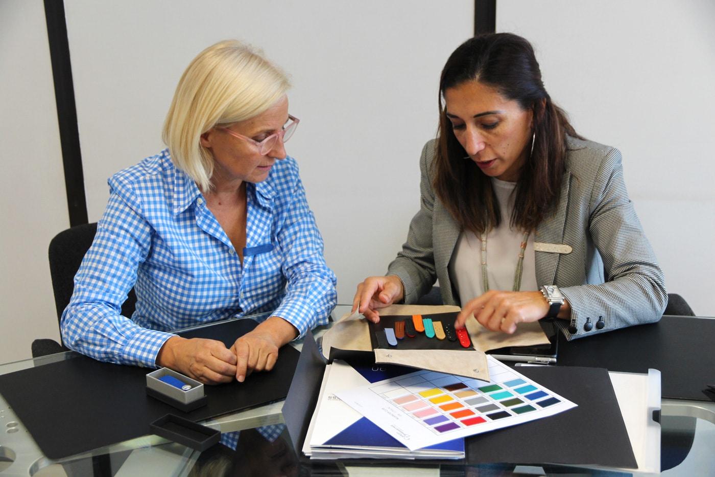 personnalisation des Aimodes professionnels avec intégration du logo de l'entreprise
